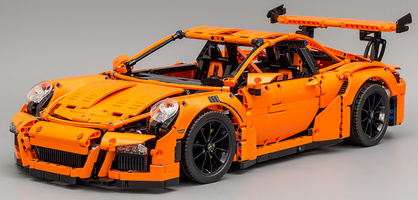 lego technic 42056 porsche 911 gt3 rs review lego sets guide. Black Bedroom Furniture Sets. Home Design Ideas