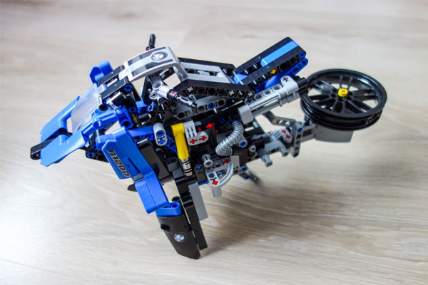 Lego Technic BMW Motorcycle B Model – Hovercraft