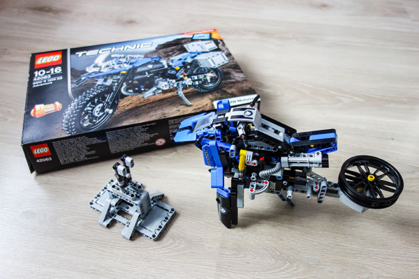 Lego Technic BMW Motorcycle Box