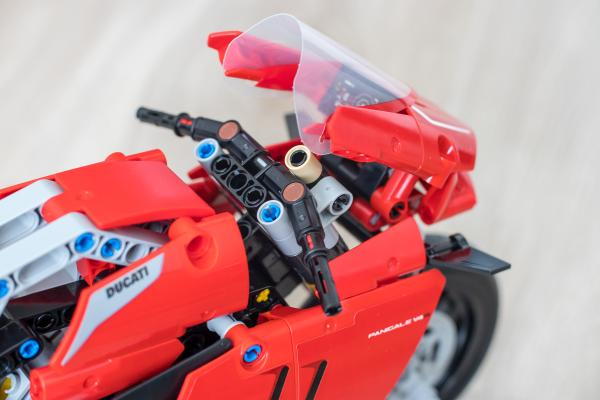 Lego Ducati Panigale Windshield