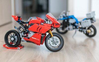 Lego Technic Ducati Panigale vs BMW R 1200 GS Motorbike