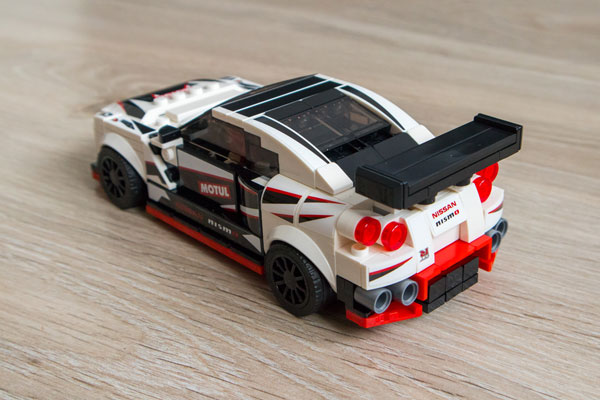 Lego Speed Champions Nissan GT-R Nismo Back