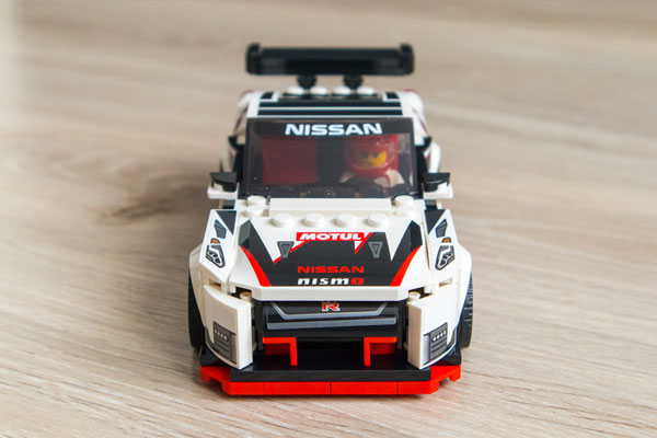 Lego Speed Champions Nissan GT-R Nismo Front
