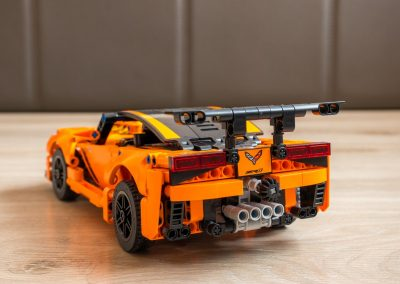 Lego Technic Chevrolet Corvette Back