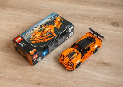 Lego Technic Chevrolet Corvette Box