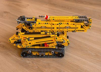 Lego Technic Compact Crawler Crane Side View